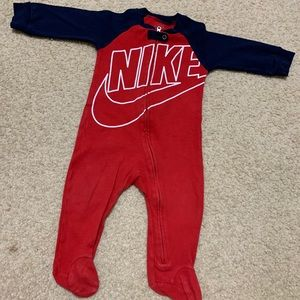 Nike boys  footed coverall in royal red 9 months